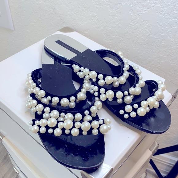Zara Pearl Sandals Flat sz 9, Black